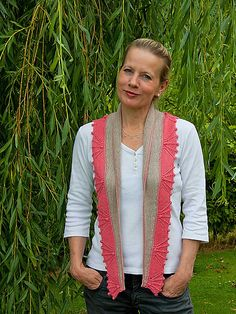 Ravelry: Rose on Brighton Beach pattern by Danica Mäder Jully