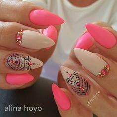 Alina Hoyo Nail Artist (@alinahoyonailartist) • Instagram photos and videos