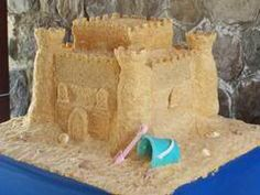 Makin JnT a sandcastle cake for their big 7 day!