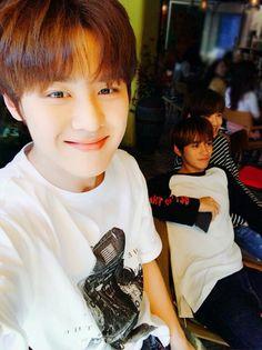 Jun, Lucas y Jungwoo