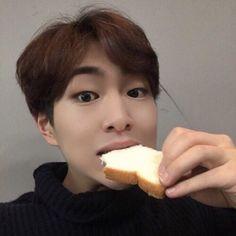Jinki eat, I eat