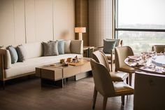Suzhou Marriott Hotel Taihu Lake: Suzhou hotel accommodations, check rates and availability. Restaurant Tables, Chinese Restaurant, Suzhou, Marriott Hotels, Hotel Suites, Hospitality Design, Dining Area, Design Trends, Trip Advisor