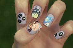 nailsbycoewless:    Totoro nail art on Flickr.  I love these nails!! So proud of them! www.coewlesspolish.wordpress.com    omg I'm in love