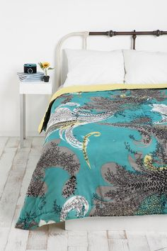 I kind of really want one of urban outfitters bedspreads...