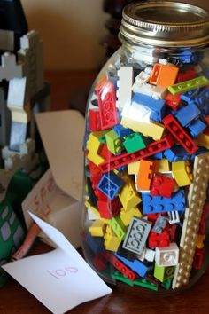 Games guess the Number of Legos in the Jar