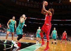 Blog Esportivo do Suíço:  Seleção feminina de basquete dos EUA vence Austrália por 104 a 89