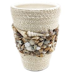 Große Töpfe mit Muscheln Source by lamarmela Large Pots of Shells Source by lamarmela Seashell Art, Seashell Crafts, Beach Crafts, Rope Crafts, Diy Home Crafts, Seashell Projects, Diy Bathroom Decor, Small Bathroom, Boho Bathroom