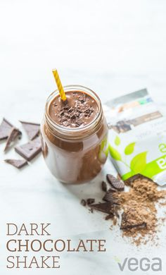 If the chocolate craving hits you early, whip up a dark chocolate smoothie. Because there's no need to feel guilty when you're packing in protein, greens, vitamins, minerals and more! Vegan Shakes, Protein Shakes, Yummy Smoothie Recipes, Shake Recipes, Clean Eating Diet, Healthy Eating, Vegas, Recipe Center, Chocolate Shake