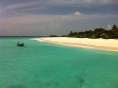 Beach House Iruvelli Maldives