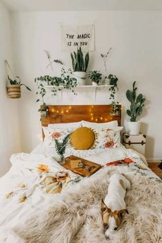 24 Absolutely Dreamy Bedroom Decorating Ideas For Autumn 24 Absolut vertr. 24 Absolutely Dreamy Bedroom Decorating Ideas For Autumn 24 Absolutely dreamy bedroom decorating ideas for autumn ideas Diys Room Decor, Cute Room Decor, Room Decor Bedroom, Decor Ideas, Blue Bedroom, Bedroom Inspo, Bedroom Chest, Calm Bedroom, Cheap Bedroom Decor