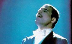 Londres hace homenaje a Freddie Mercury
