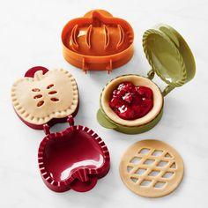Mini Pumpkin Pies, Pumpkin Pie Recipes, Mini Pumpkins, Mini Pies, Pumpkin Spice, Mini Apple Pies, Spiced Pumpkin, Fall Recipes, Baking Set