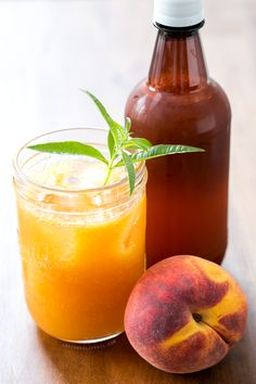Fresh Peach and Lemon Verbena Soda. Not sure what exactly champagne yeast would taste like, but I'm willing to give it a shot! Non Alcoholic Drinks, Fun Drinks, Yummy Drinks, Lemon Verbena Recipes, Champagne Yeast, How To Peel Peaches, Peach Puree, Summer Cocktails, Food Processor Recipes