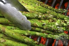 Grilled asparagus elevated with organic adobo seasoning and paprika. Adobo Seasoning, Bar B Q, Vegetarian Paleo, Summer Recipes, Healthy Recipes, Delicious Recipes, Cucumber, Food To Make