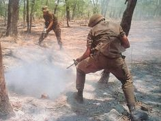 You think you're cool, but you ain't South African troops slaying commies during the Border War cool! Military Archives, Airborne Ranger, Army Day, Vietnam War Photos, War Dogs, Military History, Troops, My Idol, South Africa