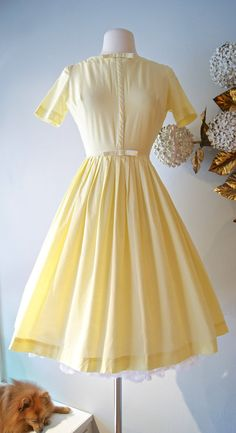 50s Dress / Vintage 1950s Yellow Cotton Day Dress by xtabayvintage, $98.00 durupaper.com #kate_spade