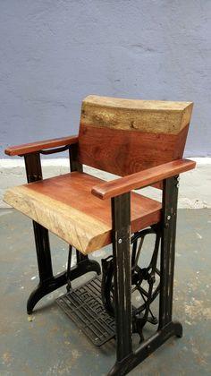 Cadeira feita com máquina de costura