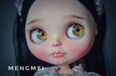 Custom Doll for Adoption by BlytheWonderland http://etsy.me/2uI2eLv Check more custom dolls for adoption at http://ift.tt/2lbVttq