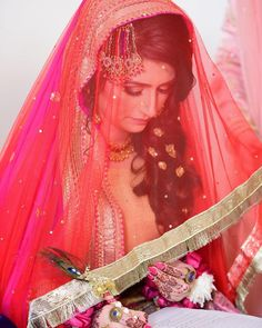 Uploaded by Find images and videos on We Heart It - the app to get lost in what you love. Indian Wedding Couple Photography, Indian Wedding Bride, Bride Photography, Wedding Couples, Pakistani Bridal Makeup, Pakistani Wedding Dresses, Nikah Ceremony, Bridal Pictures, Bridal Pics
