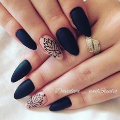 nail shapes for fat hands Hair Colors Almond Acrylic Nails, Summer Acrylic Nails, Cute Acrylic Nails, Cute Nails, Pretty Nails, Summer Nails, Perfect Nails, Gorgeous Nails, Mickey Nails