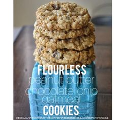 Flourless Peanut Butter Chocolate Chip Oatmeal Cookies - these look delicious!