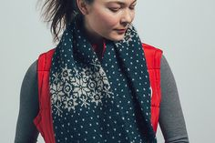 Ravelry: Snowflake Cowl pattern by Jesie Ostermiller