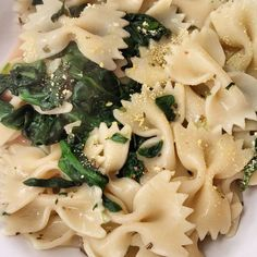Dinner I made a while ago  Kamut pasta I bought on my trip to Milano in #coop supermarket with some fresh #spinach and a #vegan sauce made with #alpro #ricecuisine topped with #digestia  powder  #superdelicious #veganisation #veganfoodshare #kamut #pasta #veganballerina #healthyvegan #carbup #veganforlife #veganblogger #recipe coming soon on my blog #alatamara #whatveganseat #eathealthy #eatplantsnotfriends