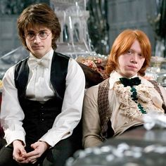 """""""One of the things I've always liked about Harry is that he is a hero who is absolutely useless with girls. He's pathetic. He hasn't got a clue."""" - Daniel Radcliffe #HarryPotter"""