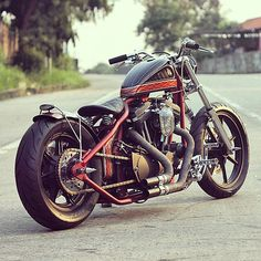 a gallery of beautiful crafted bobbers and choppers