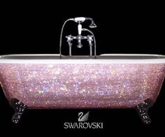 now THATS a tub!