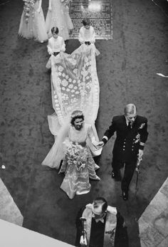 Princess Elizabeth's wedding gown