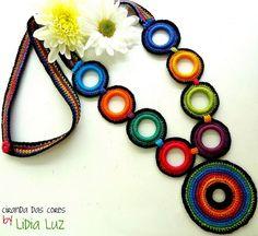 Ciranda das cores, colar de crochet