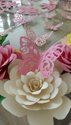 Rosas de papel                                                                                                                                                      Más
