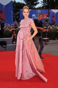 Teresa Palmer, Venice Film Festival - Vogue Nederland