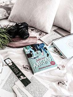 Cover, Books, Art, White Ink, Girlfriends, Art Background, Libros, Book, Kunst