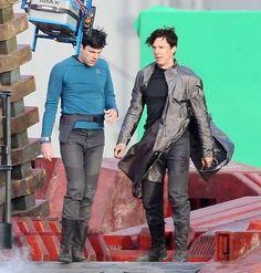 Benedict Cumberbatch in Star Trek  http://britsunited.blogspot.com/2012/12/star-trek-into-darkness-synopsis.html