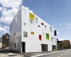 Sugamo credit association Tokiwadai Branch / emmanuelle moureaux architecture + design