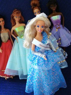 I mean really! How could I not like pageant Barbie! Ha! ;)