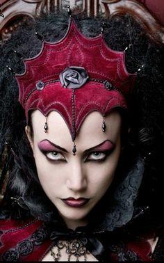 Kostüme Horrogeschichte wahre Vampiren Battory Geschichte