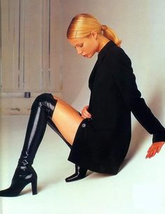Gwyneth Paltrow, Nyc Girl, City Girl, Dressed To The Nines, Back To Black, 90s Fashion, Fashion Ideas, What I Wore, Pretty Woman