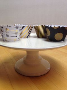 Black and Gold Cupcake Wrapper/Black and by twoconfetticupcakes