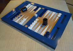 The new tabletop Backgammon set from oomph.