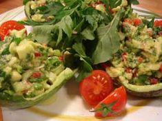 Avokado salatası Nasıl Yapılır? Avokado salatası Yapılışı yapımı hazırlanışı kolay pratik resimli denenmiş oktay usta Avokado salatası