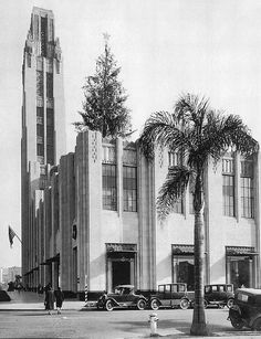Chapter 26. Bullocks Wilshire department store in Los Angeles, CA. Designed by John Parkinson.