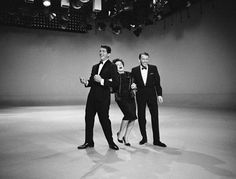 Dean Martin, Judy Garland and Frank Sinatra on the set of The Judy Garland Show, Hollywood, 1961 Dean Martin, Judy Garland, Harvey Girls, Joey Bishop, Sammy Davis Jr, Liza Minnelli, Jerry Lewis, Interesting Faces, Hollywood Stars