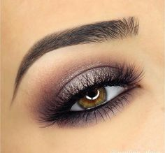 Delineated, smoky, colors, shapes and techniques to make up your eyes every time We propose ten eye makeup looks for different tastes and. Pretty Makeup, Love Makeup, Makeup Inspo, Simple Makeup, Natural Makeup, Makeup Goals, Makeup Tips, Makeup Ideas, Makeup Products