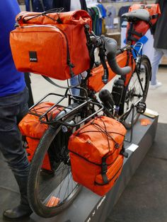 WFS Gramm packs your gear into every nook, new packs from Miss Grape & Rille Fix puts a bird on it - updated - Bikerumor Touring Bicycles, Touring Bike, Bikepacking Bags, Roll Top, Lowrider Bicycle, Bicycle Bag, Bicycle Women, Cargo Bike, Cycling Bikes