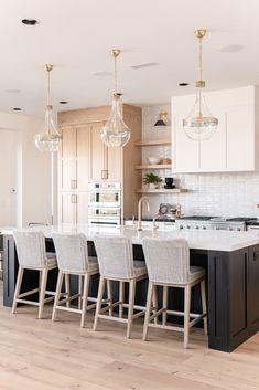 Home Decor Kitchen, New Kitchen, Home Kitchens, Kitchen Island, Home Design, Interior Design, Kitchen Remodel, Sweet Home, Furniture