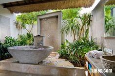 Incredible Jungle Bathroom Decor Ideas to Refresh Washroom - Awesome Indoor & Outdoor Outdoor Tub, Outdoor Baths, Outdoor Bathrooms, Outdoor Showers, Outdoor Stone, Luxury Bathrooms, Jungle Bathroom, Bathroom Spa, Modern Bathroom