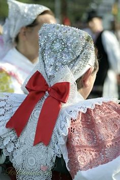 Slovakia European Countries, Folk Costume, Lithuania, Folklore, Traditional Outfits, Culture, Places, Party, Design